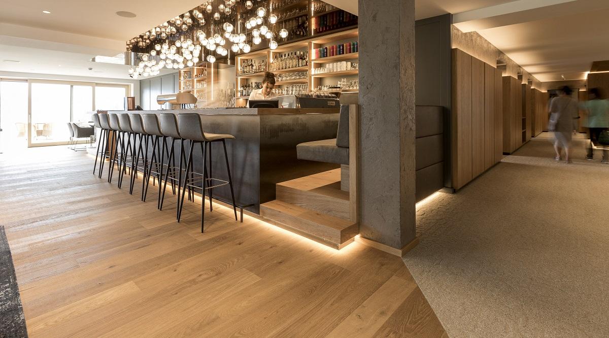 Edelweiss Bar 2019