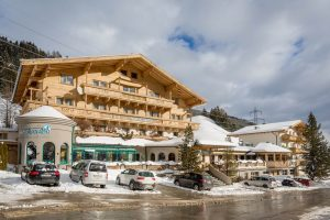 Hotel Mountainclub Ronach im Winter Nationalpark Hohe Tauern