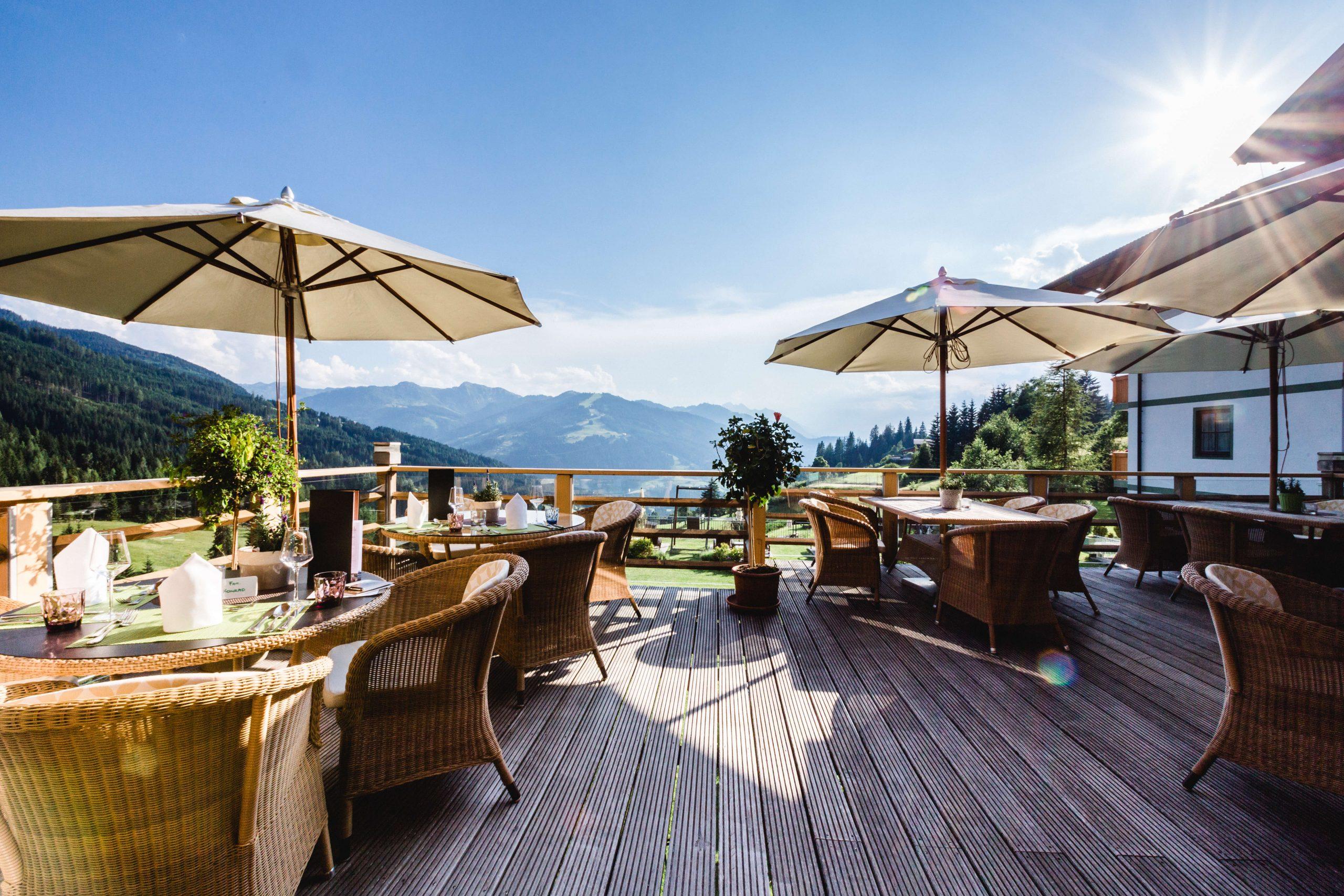 Sonnenterrasse im Naturidyll Hotel Edelweiss Wagrain