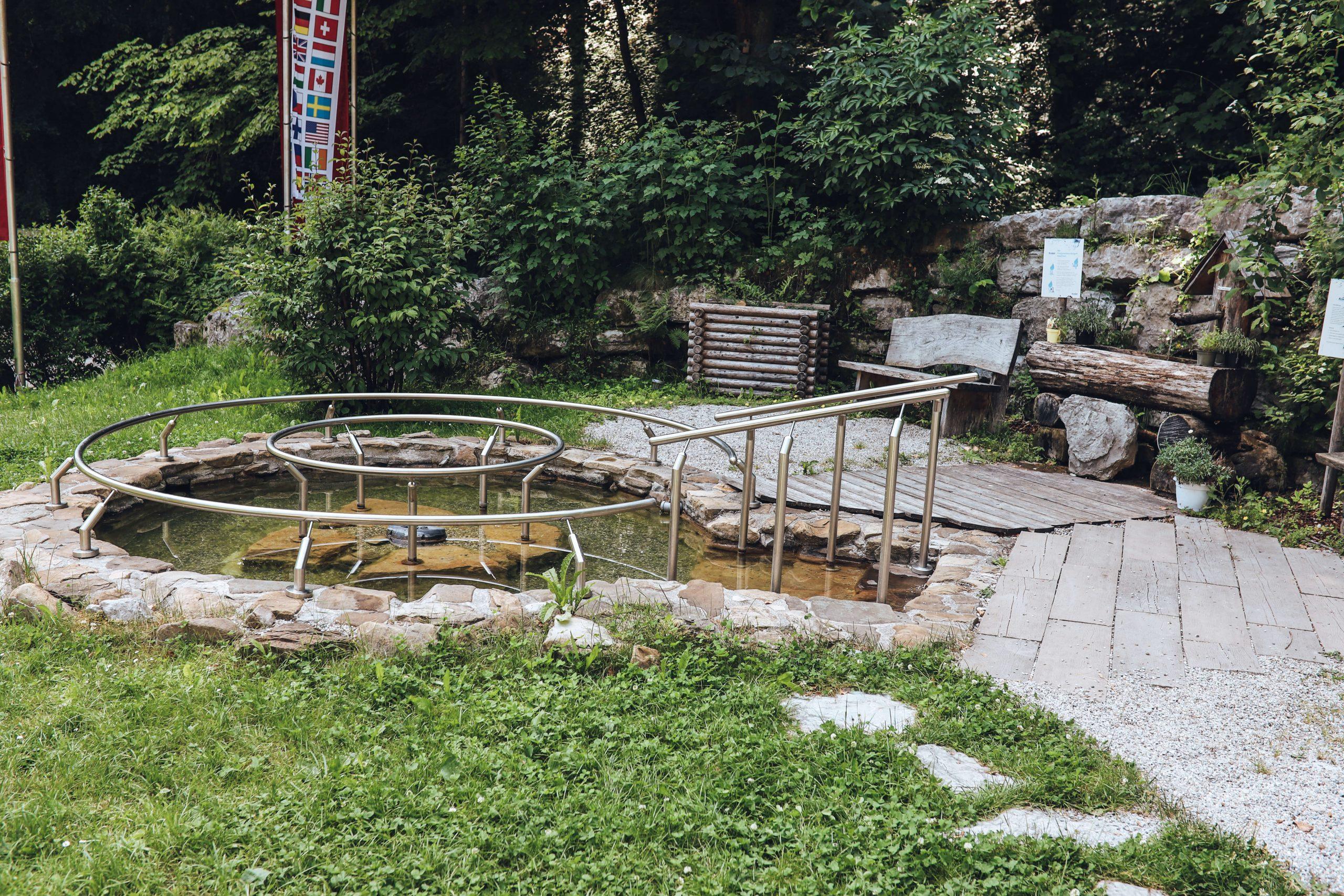 Kneipp Becken im Naturidyll Hotel Hammerschmiede