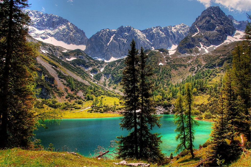 Bergesse Tirol Naturidyll Hotels Ausflugtipps