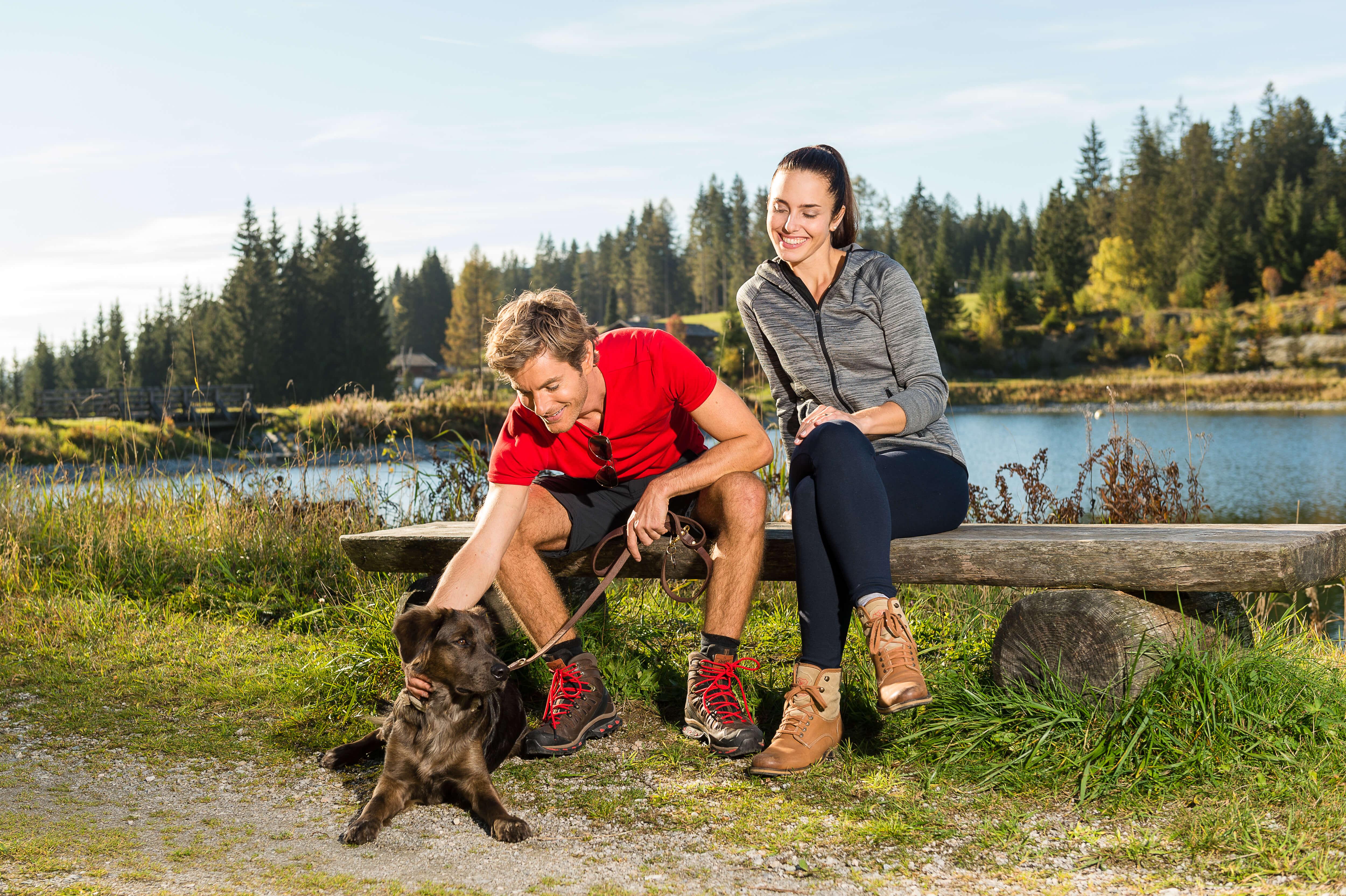 Baden mit Hund im Naturidyll Hotel Edelweiss