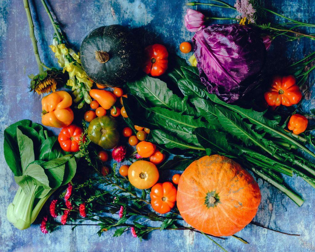 Gemüsekorb im Herbst