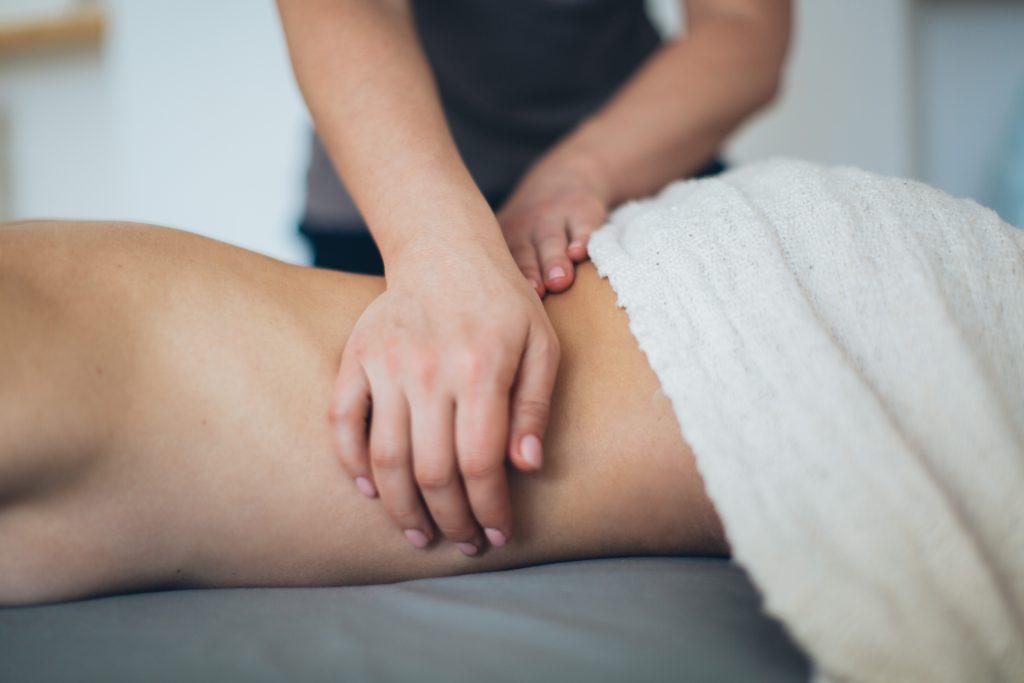 Wohlfühlen und Immunsystem stärken mit einer Massage - Pexels
