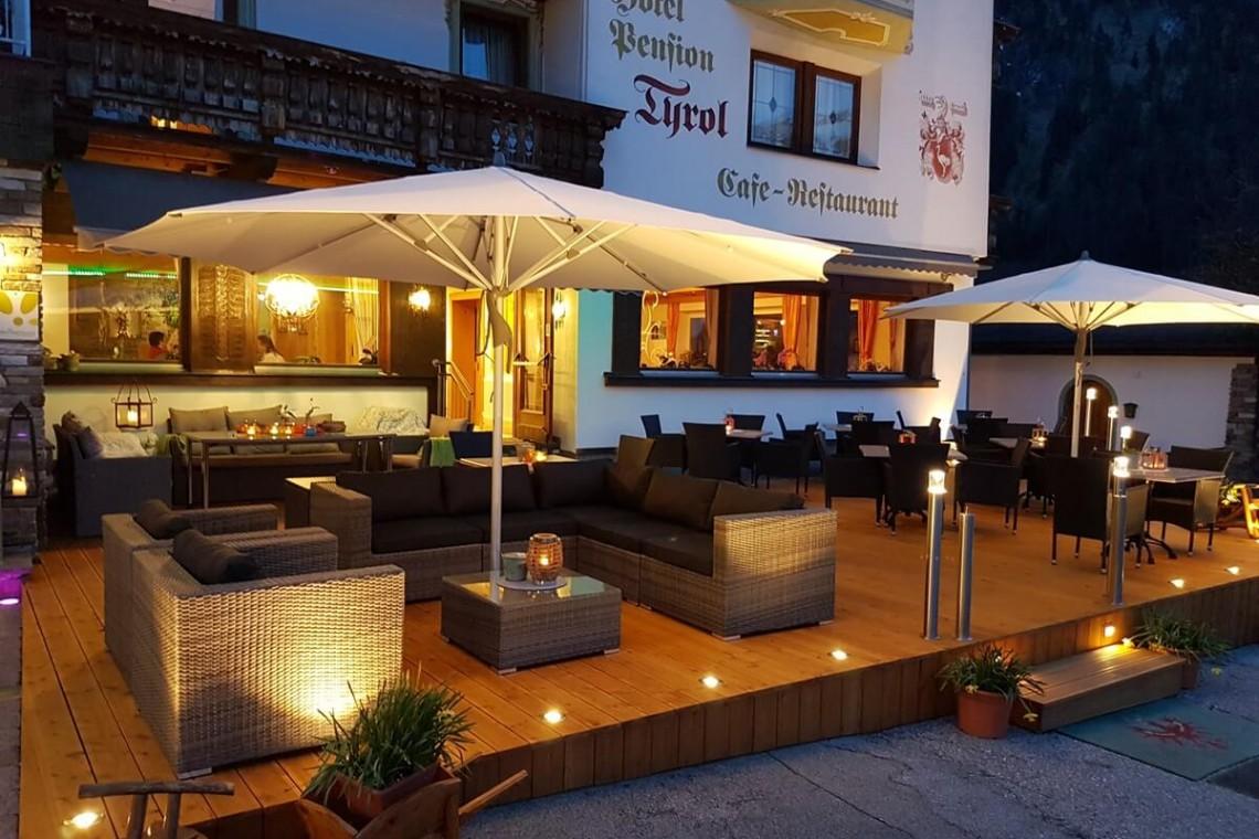 Alpenhotel Tyrol außen